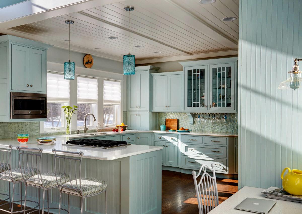 Coastal Inspiration Lexington Kitchen Cabinet View2